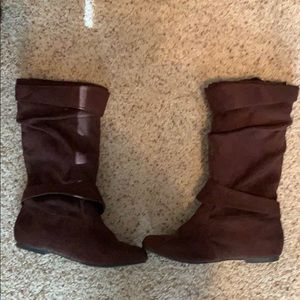 Shoes - Brown Slouchy Boots